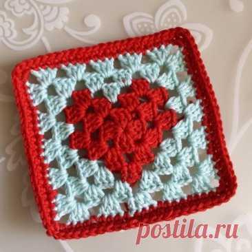 Схема квадратного мотива с сердечком по центру
