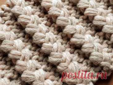 Вязание спицами. Объёмные косы. Тёплый узор для шапочки, жилета , свитера