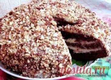 Шоколадный торт на кефире «Фантастика»  Очень простой и необычный рецепт вкусного торта. Приготовить сможет любой. Попробуйте обязательно!  Ингредиенты: Для теста: Кефир или простокваша -300 г Сахар – 1 стакан Яйца – 2 шт. Растительное масло – 2 ст. л. Какао – 2-3 ст. л. Сода – 1 ч.л. Мука – 2 стакана  Для крема: 1- вариант – сметанный крем Сметана – 400 г Сахар – 1 стакан Масло сливочное -200 г  2- вариант – заварной крем Яйца – 2 шт. Сахар – 300 г Мука-2 ст. л (с горкой)...