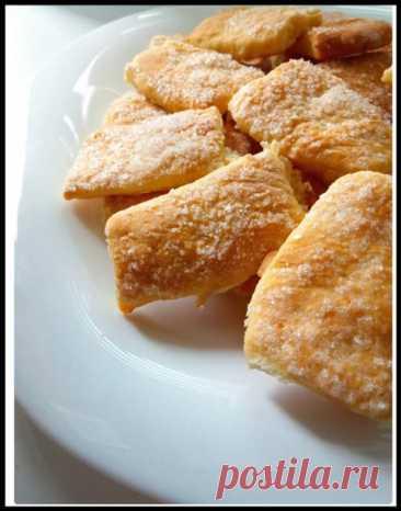 Из одного яйца и пол-стакана кефира приготовила вкуснейшее печенье! - Ваши любимые рецепты - медиаплатформа МирТесен Всем большой привет! Сегодня готовлю простой и быстрый рецепт печенья, всего из 1 яйца и полстакана кефира. Обязательно приготовьте это ароматное, хрустящее и нежное печенье к чаю, порадуйте себя и своих близких! РЕЦЕПТ: Яйцо - 1 шт. Сахар - 2 ст.л. Соль - 0,5 ч.л. Растительное