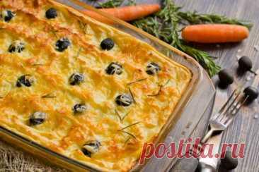 Рецепт сытного пирога из картофельного пюре с курицей