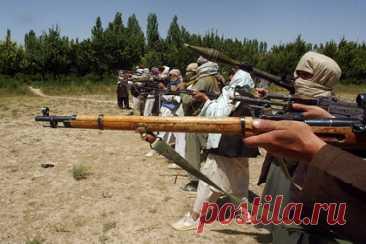 Талибы казнили четырех жителей Афганистана. Пришедшие к власти в Афганистане боевики движения «Талибан» казнили четырех жителей северо-западной провинции Герат, которых обвинили в похищении людей. Четырех мужчин повесили при большом скоплении людей. Представители «Талибана» не прокомментировали произошедшее. Ранее сообщалось, что талибы вернут смертные казни.
