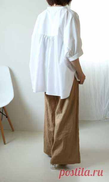 Стильная блуза оверсайз (выкройка+Diy). У этой блузки очень простая бесплатная выкройка и понятный мастер-класс по пошиву. А ещё она отлично смотрится и навыпуск, и заправленной:Читать дальше