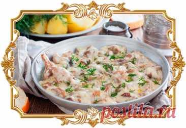 #Лесные #грибы #в #сметане  У этого #блюда насыщенный вкус и аромат, перед которыми сложно устоять.  Время приготовления: Показать полностью...