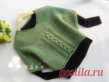 Просторный пуловер - безрукавка :@vyazaniehobby#вязаниеспицами_крючком#пуловеры #джемпера#свитера