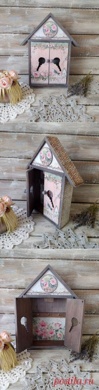 Ключница настенная Розовый сад – купить на Ярмарке Мастеров – MMTKIRU   Ключницы настенные, Москва