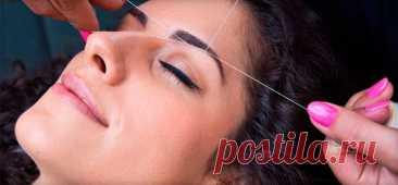 Как выщипать брови при помощи обычной нитки  Выщипывание бровей является обязательной процедурой для каждой уважающей себя девушки. . В последнее время все большую популярность набирает метод выщипывания бровей при помощи нитки. Считается, что такой способ является менее травматичный, нежели классический вариант процедуры. Также приверженцы ниточного способа удаления лишних волос уверяют, что он абсолютно безболезненный, в чем его еще один плюс. На […] Читай дальше на сайте. Жми подробнее ➡