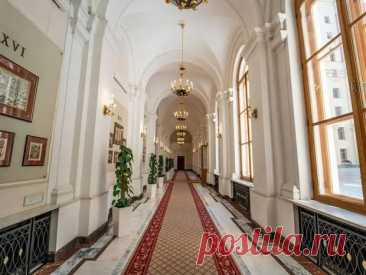 Одним из заметных архитектурных символов Москвы по праву считается здание под номером 13 на Тверской улице. | VestiNewsRF.Ru