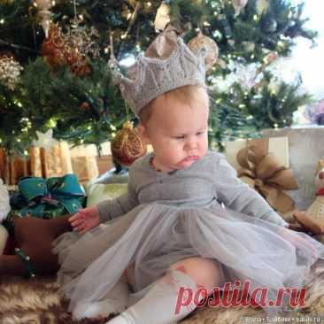 Вязанная корона спицами / Вязание для кукол / Бэйбики. Куклы фото. Одежда для кукол