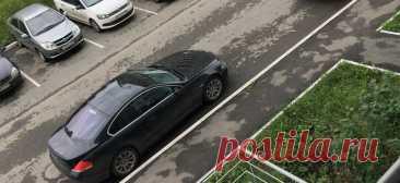 Как парковаться вдоль бордюра правильно