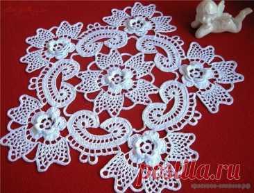Салфетка с объемными цветами - Красивое вязание