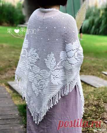 Филейная шаль от японских мастериц Вязаная крючком филейная шаль. Схема от японских мастериц
