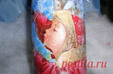 Новогодняя бутылка - обратный декупаж