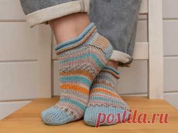 Бесплатное описание вязания: летние носки May Day Socks 2020 | Хамелеоша