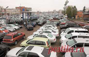 Все преимущества выбора подержанного автомобиля Каждый автовладелец знает, что для того, чтобы быть обладателем хорошего, красивого автомобиля в идеальном состоянии, который не требует ...