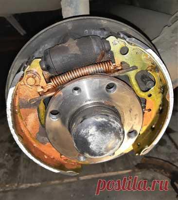 Автоэлектрика, электрика, схемы, гараж - Чем отличаются задние тормозные колодки с ABS и без на Лада Гранта