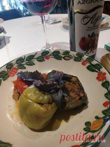 Друзья сказали, что я готовлю это блюдо вкуснее, чем в бакинском ресторане – делюсь рецептом простого и вкусного угощения | 800 Вкусов Еды | Яндекс Дзен
