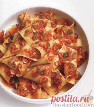 La receta: los Tallarines pappardelle con la salsa marinara en RussianFood.com