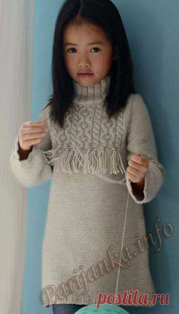 Children's dress, knitted spokes