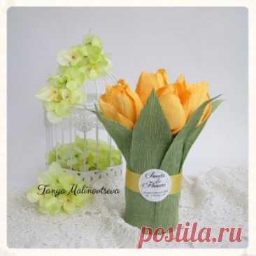 En ayda de los séquitos al diseñador.\u000d\u000aEl maestro la clase a 8 Martha.\u000d\u000aEl vasito con los tulipanes.\u000d\u000aInvito en el taller: Sweets & Flowers. Los regalos de los bombones. Múrmansk.