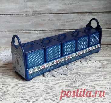 Полка с баночками под специи – купить на Ярмарке Мастеров – NNTRIRU | Полки, Москва