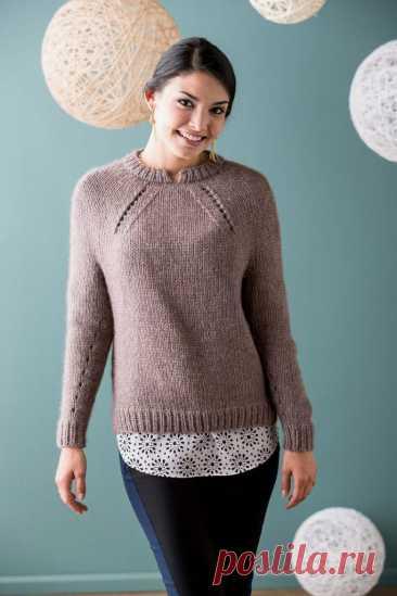 Женский пуловер спицами, описание