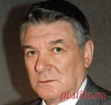 Сегодня 06 мая в 1932 году родился(ась) Александр Белявский