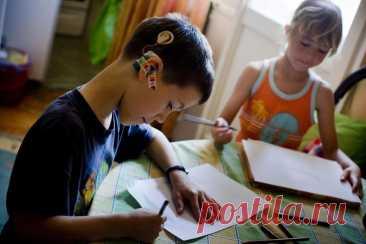 Пенсия по уходу за ребенком-инвалидом: условия оформления, необходимая документация и расчет суммы Дети, имеющие множественные нарушения в психическом или физическом развитии, получают инвалидность. Родители при этом зачастую оказываются в трудном положении: им приходится все свободное время посвящ...