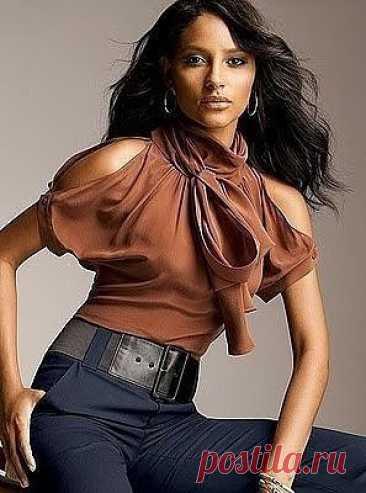 Блузки, которые шьются легко и быстро и при этом выглядят роскошно Блузки, которые шьются легко и быстро и при этом выглядят роскошноБлузки, которые шьются легко и быстро и при этом выглядят роскошно - это ли не мечта рукодельницы?Шейте и будьте счастливы, наши хорошие.