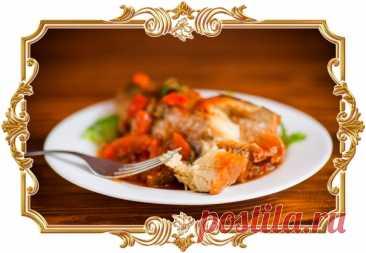 #Минтай, #тушенный #с #овощами  #Рыба получается мягкой, нежной и отлично сочетается с ароматным соусом.  Время приготовления: Показать полностью...