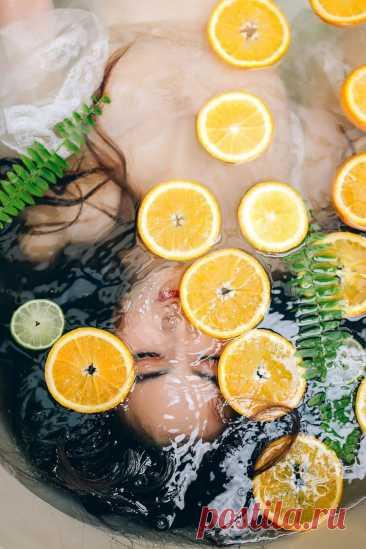 Ванна с эфирными маслами и апельсином. СПА дома. #домашнийуход #красотаимолодость #какухаживать #релакс #расслабление #длядушиитела #отличныевыходные