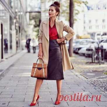Европейская мода: правила стиля, которым следуют элегантные женщины в Италии Итальянские женщины мастера в освоении модных тенденций. В целом их модный секрет сосредоточен на женственности и изысканных деталях. Они успели сочетают трендов и классику. Всегда … Читай дальше на сайте. Жми подробнее ➡