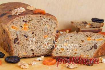 Пшенично-ржаной хлеб на закваске с орехами и сухофруктами Среди рецептов приготовления домашнего хлеба этот занимает в моем сердце особое место.