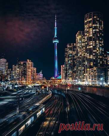 В мире красивых фотографий... Ночные города. Ночной Торонто...