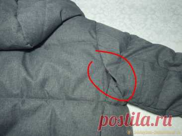 Лайфхак: как зашить лопнутый шов на куртке С верхней одеждой часто случаются мелкие неприятности, - то молния сломается, то подкладка в кармане порвётся, то шов лопнет. Отдавать изделие в ремонт в ателье не всегда бывает удобным, - и ждать нужно, и дороговато выходит. Как же быть в такой ситуации? Ведь не покупать же новую куртку, которая