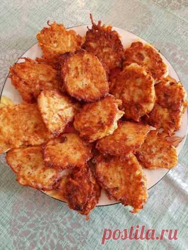 Кулинария>Драники - это очень простое, но всеми любимое блюдо!