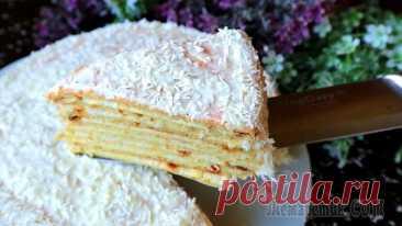 Знаменитый торт Сметанник на сковороде Один из самых домашних тортов, для выпечки которого не понадобиться духовка. Готовится просто, тесто очень податливое, с ним легко работать, и крем, для которого нужно просто смешать ингредиенты ложко...