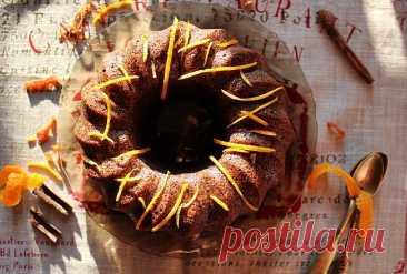 Кекс-манник с маком и апельсином Этот кекс можно есть и в Пост, так как он без яиц и растительного жира. Но, уверяю вас, по вкусу он ничем не уступает традиционным непостным кексам , а как по мне, то даже выигрывает перед многими. Мука  1 стакан Крупа манная  1 стакан Мак (около 150 грамм)  1…