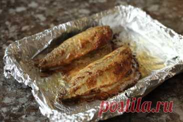 Всё дело в соусе: рассказываю свой любимый рецепт запечённой скумбрии — уверена, вам такая рыбка тоже понравится | Я Готовлю... | Яндекс Дзен