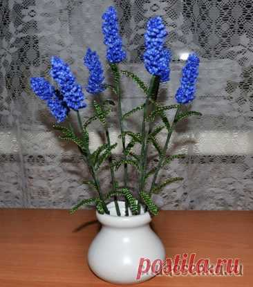 Лавандовый букет: красивые цветы из бисера