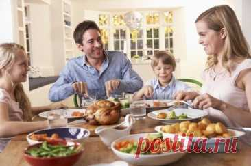 Я на кухне не устаю: золушкины секреты. Кухня – сердце дома, символ домашнего очага. Она объединяет семью не просто совместным приемом пищи, а близким общением. Еда, приготовленная с любовью, свидетельствует о заботе и желании удовлетворить аппетиты домочадцев.