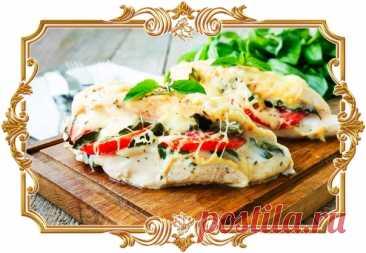 #Фаршированные #куриные #грудки #а_ля #капрезе  #Сочное #куриное #филе получается особенно аппетитным с начинкой из сыра с помидорами и базиликом.  Время приготовления: Показать полностью...