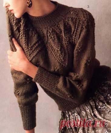 Вязаный пуловер спицами с ажурной кокеткой, схемы — Черпачек Идей