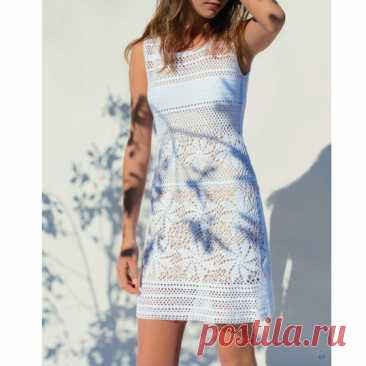 Платье со вставками измотивов