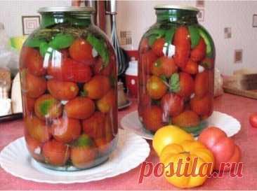 ****Закатываем помидоры без уксуса. Никакой кислости и резкости. Даже деткам понравятся такие помидоры!          Ингредиенты: (в расчете на 3х литровую банку): 5 ст. л. сахара с горкой, 2 ст. л. соли без горки, 1 ч.л. лимонной кислоты. Из специй: чеснок 2-3 зубчика, перец горошком, можно добавить хрен (листья) Укроп — лучше зонтик. Если нет, то подойдут семена — 1/2 чайной ложки гвоздика, корица 1-2 кусочка размером с ноготь мизинца. (добавляется по желанию) Если есть в наличи...