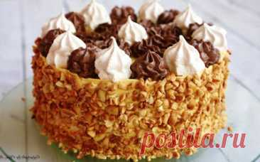 На зубок: Торт «Полет» с безе и орехами. Для всех любителей безе