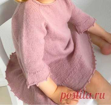 Детское вязаное платье Foxglove
