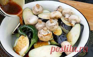 Готовим за 1 минуту маринад для овощей на мангале. С ним овощи разбирают быстрее шашлыка - Книга рецептов Готовим за 1 минуту маринад для овощей на мангале. С ним овощи разбирают быстрее шашлыка . receptosbook.su - это онлайн книга рецептов создана для того, чтобы легко и быстро приготовить самые вкусные блюда у себя дома.