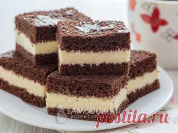 Молочный ломтик без крахмала и шоколада — рецепт с фото Отличная натуральная замена покупному десерту. Бисквитные пирожные, которые прекрасно впишутся и в повседневное, и в праздничное меню.