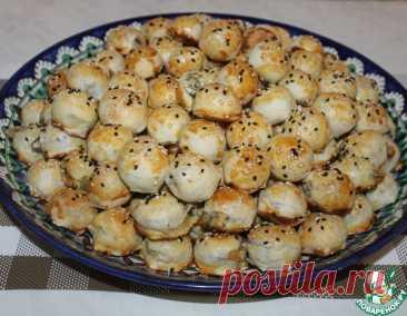 Закусочные мини пирожки из слоёного теста – кулинарный рецепт